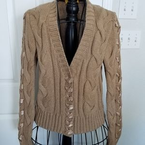 St. John tan cable knit sweater ribbon medium